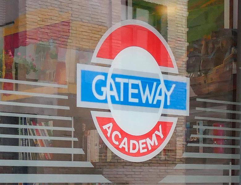 Gateway-Academy-detalle-contacto-01