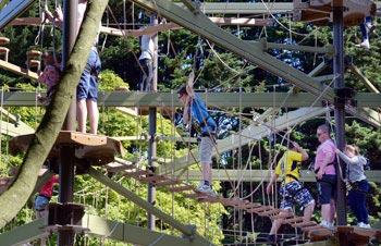 Sky Trail Adventure, parque temático de escalada y actividades acuáticas. Scarborough