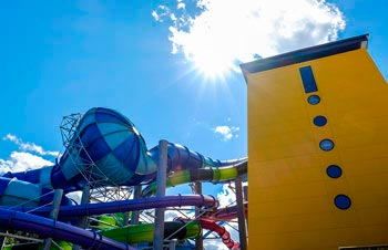 Alpamare Waterpark, parque acuático con spa. Scarborough